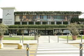 Pisa airport terminal building entrance